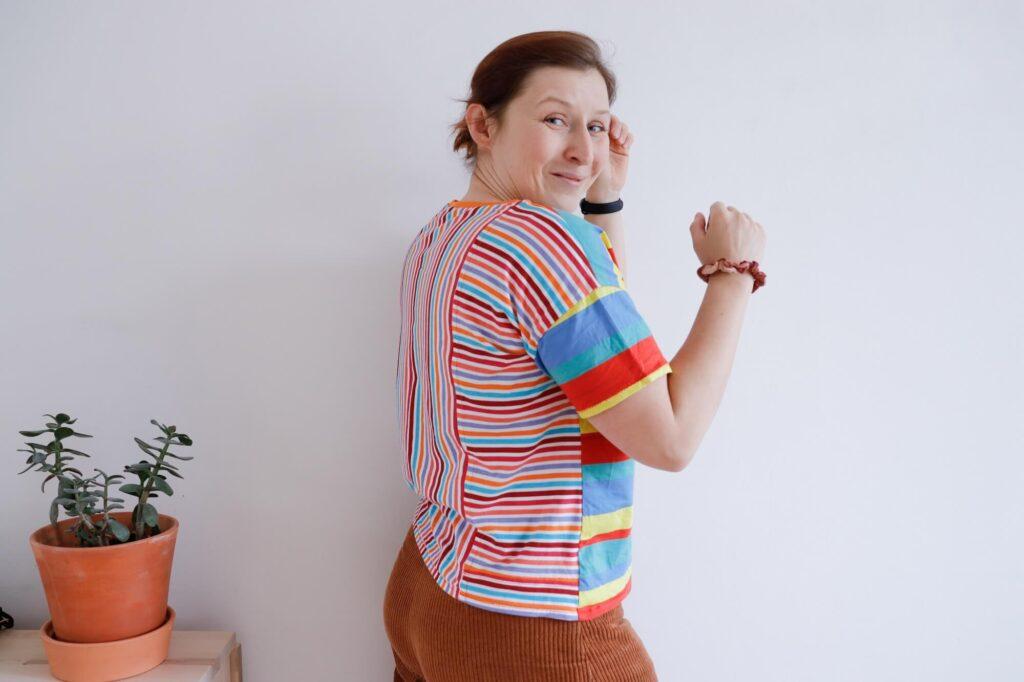 eko t-shirt w kolorowe pasy